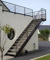thợ làm cầu thang sắt,cầu thang ngoài trời