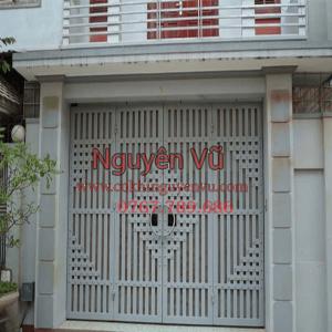 Cửa sắt cửa cổng nhà đơn giản