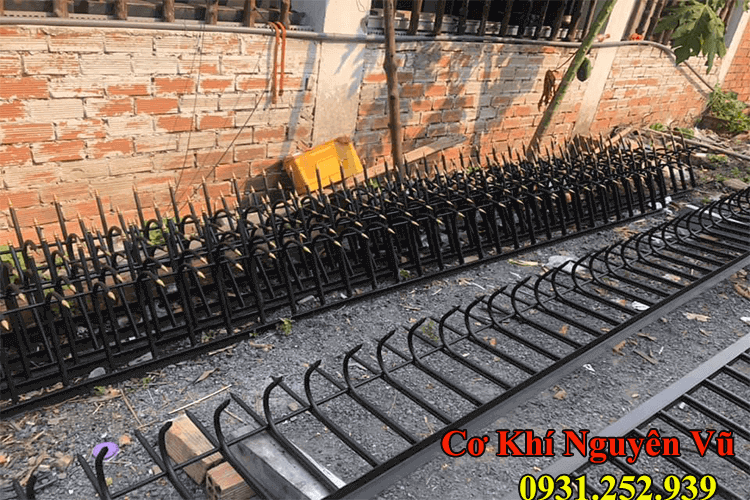 dịch vụ làm hàng rào sắt,chông sắt chống trộm