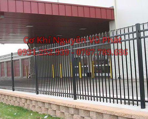 Thợ làm hàng rào sắt bảo vệ tại Tân Bình