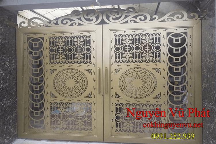 Thi công làm cửa cổng sắt tại Long Thành
