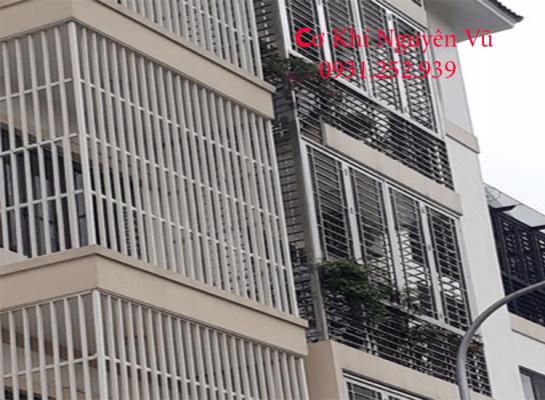 Tư vấn lắp đặt làm khung bảo vệ khung sắt chống trộm tại Bình Tân