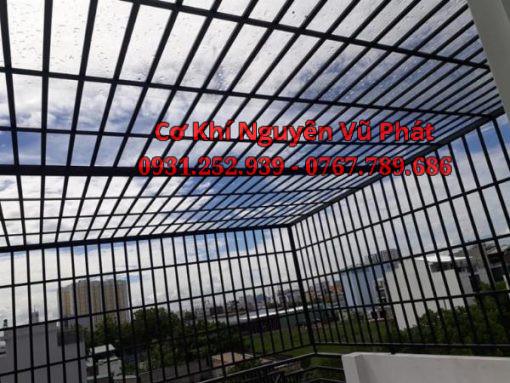 Thợ làm khung bảo vệ sân thượng giá rẻ tại Dĩ An
