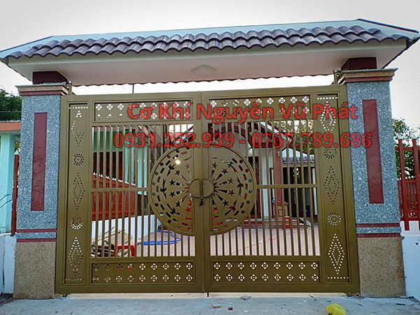 Thợ làm cửa cổng sắt cnc